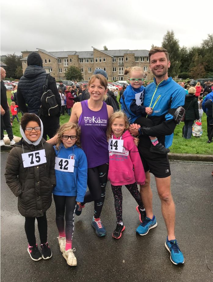 Kidscan-Childrens-Cancer-Research-Glossop-Run-1
